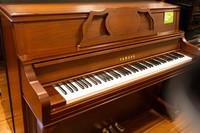 ヤマハ YAMAHA YF101W(消音付き)中古ピアノ
